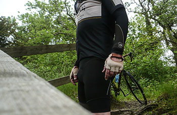 cafe du cycliste antoinette bishorts and baselayer
