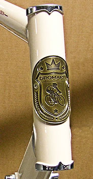 dromarti head tube badge