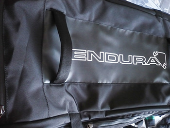 endura roller kit bag
