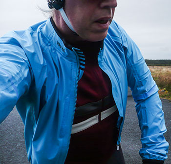rapha race cape
