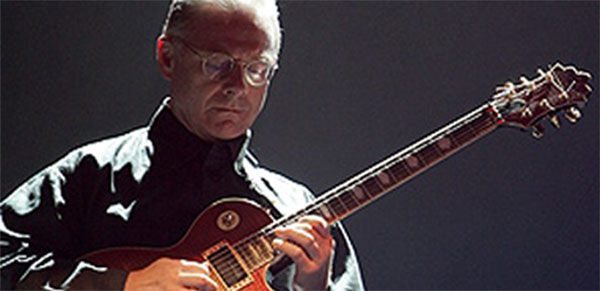 robert fripp - crafty guitarist
